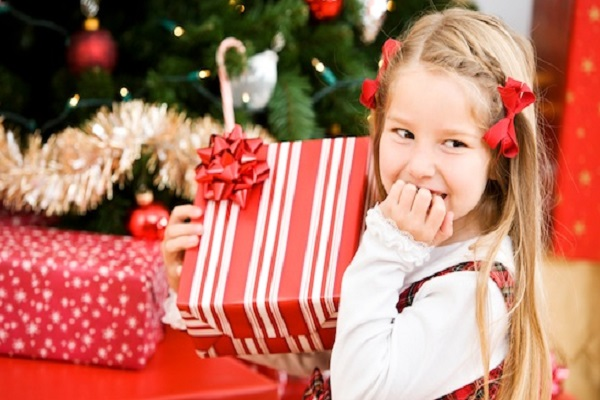 Entertaining Kids With Christmas Crafts