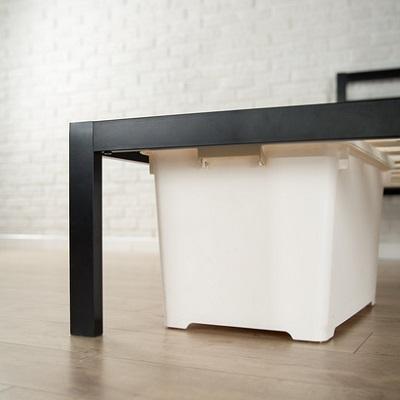 Zinus Modern Studio 14 Inch Platform Metal Bed