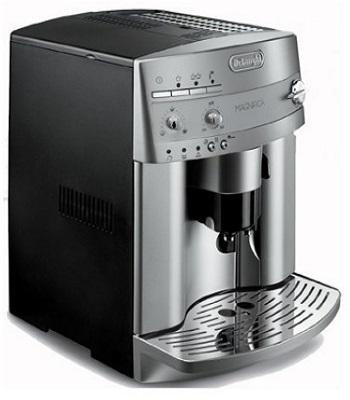 Delonghi ESAM3300 Magnifca Super Automatic Espresso Machine
